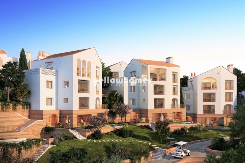 Luxury 1 bed apartments ( 1st and 2nd floor) in newest golf resort near Loule